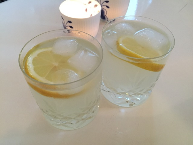Lemonade med citron 2